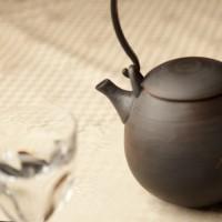 黒錆繭型土瓶 使用例