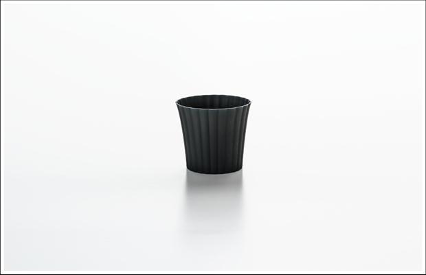 エッグシェル デザートカップ 菊割 Black