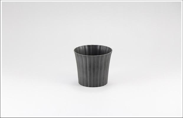 エッグシェル 菊割デザートカップ Black
